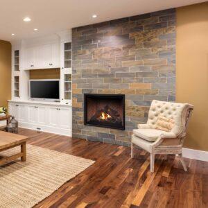 Montigo HW42DF gas fireplace in room