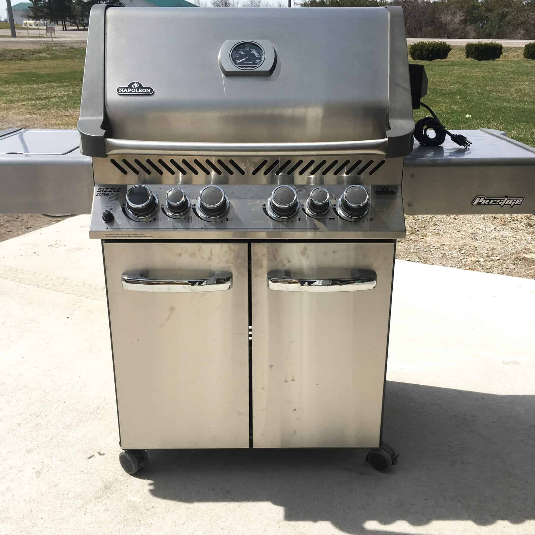 Comment Laver Grille Barbecue cleaning your napoleon barbecue for spring - safe home fireplace