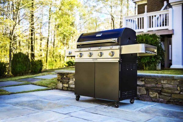 Saber 4-burner cast black gas grill