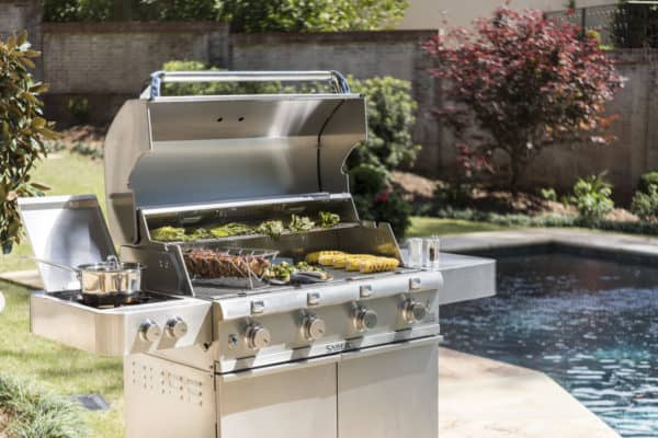 Saber 4-burner stainless steel gas grill
