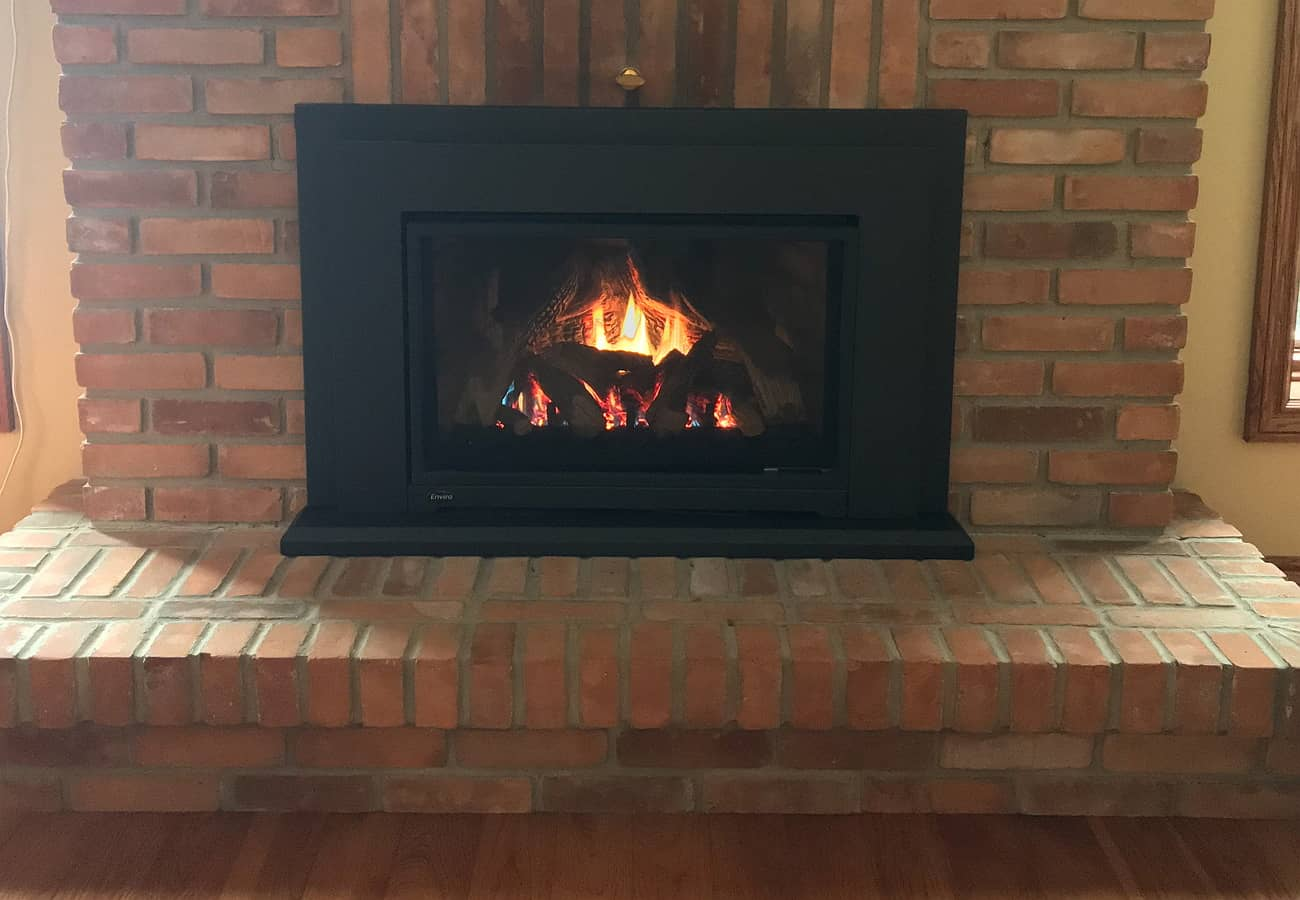 Enviro_Gas_Fireplace_Insert_Red_Brick_Surround