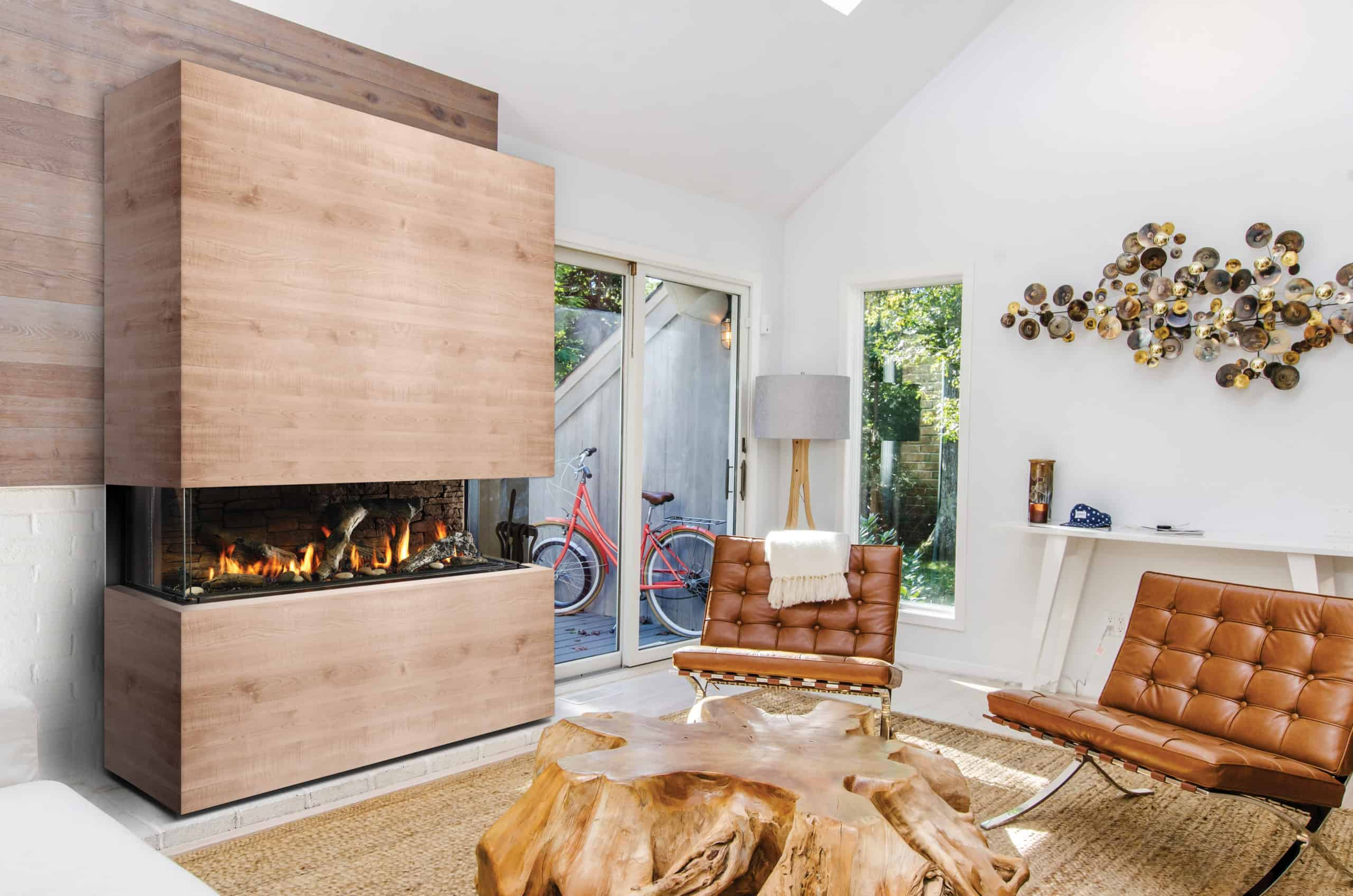 Multi-sided gas fireplaces