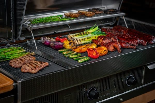 Black earth built-in hybrid grill - wood pellet & propane fueled | safe home fireplace: london & strathroy